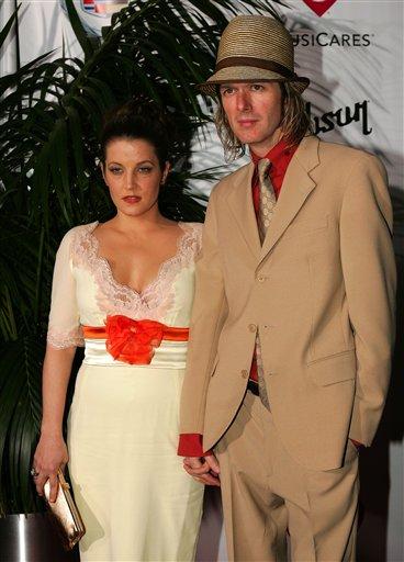 Lisa Marie Marries.jpg