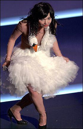 B Swan Dress Oscar.jpg