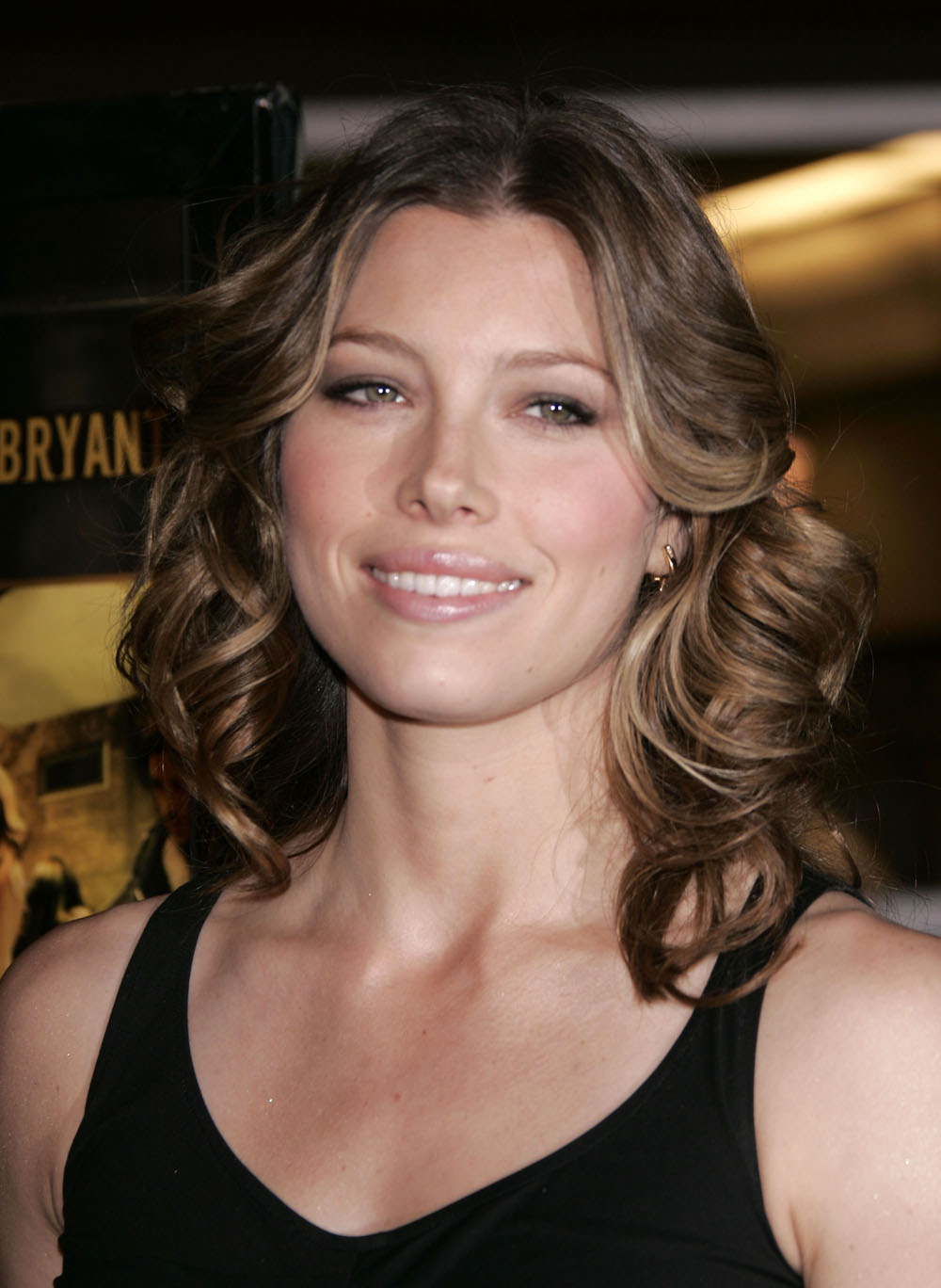 Jessica Biel download wallpaper