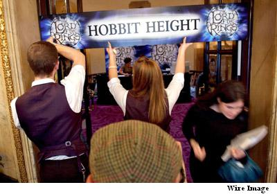 hobbit-height-stage-production.jpg
