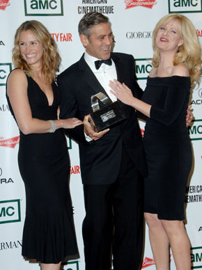 george-clooney-and-the-ladies-10-17-2006.jpg