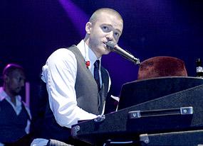 justin-timberlake-tour-10-18-2006.jpg