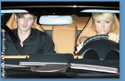 paris-hilton-dating-model-10-13-2006.jpg