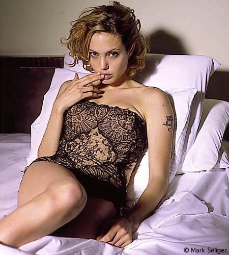 Angelina jolie sexe lesbienne