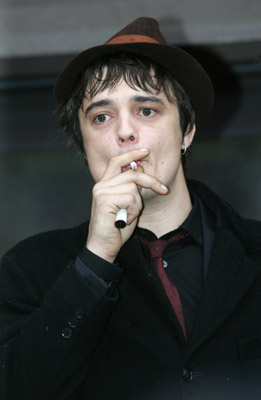 pete-doherty-drug-charges-1-17-07.jpg