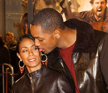 jada-pinkett-will-smith-crushes-2-12-07.jpg