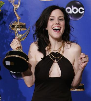 mary-louise-parker-quote-awards-2-8-07.jpg