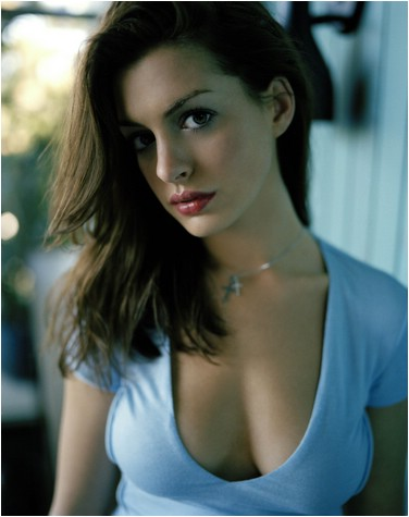 Anne Hathaway beautiful woman