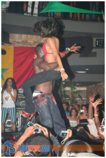 Akon Naughty Girl