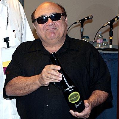 danny-devito-limoncello-5-2-07.jpg