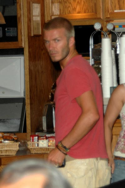 david-beckham-coffee-run-7-17-07.jpg