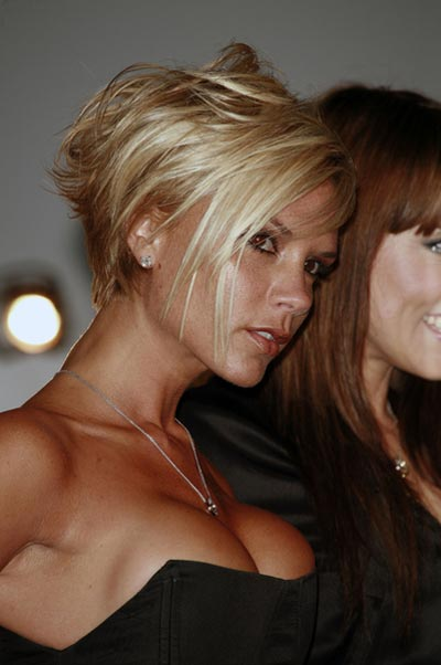victoria-beckham-boobs-quote-7-3-07.jpg