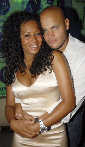 spice-brown-marries-8-9-07.jpg