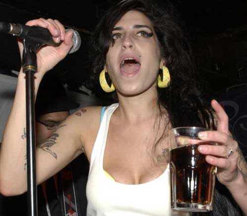 amy-winehouse-birthday-9-14-07.jpg