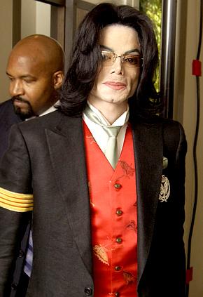 Michael Jackson's Burial Delayed Again!