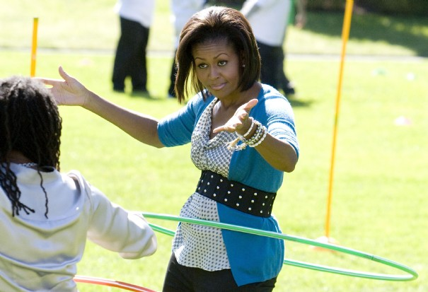 1-u-s-first-lady-michelle-obama-hula-hoops-at-healthy-kids-fair-on-south-lawn-of-the-white-house-in-washington