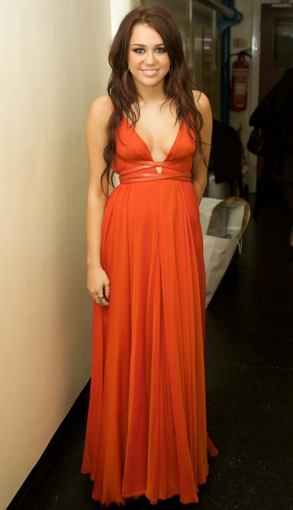Miley Cyrus beautiful dress