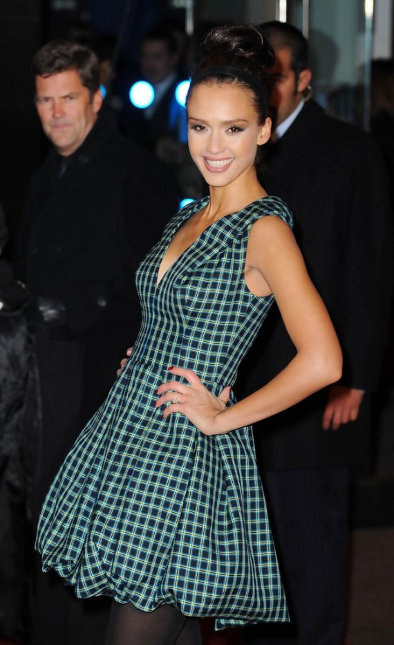 Valentine's Day London Premiere - Jessica Alba
