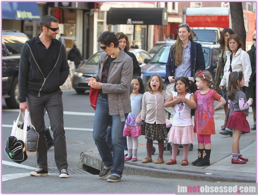 Hugh Jackman's Little Girl Takes On The Papz