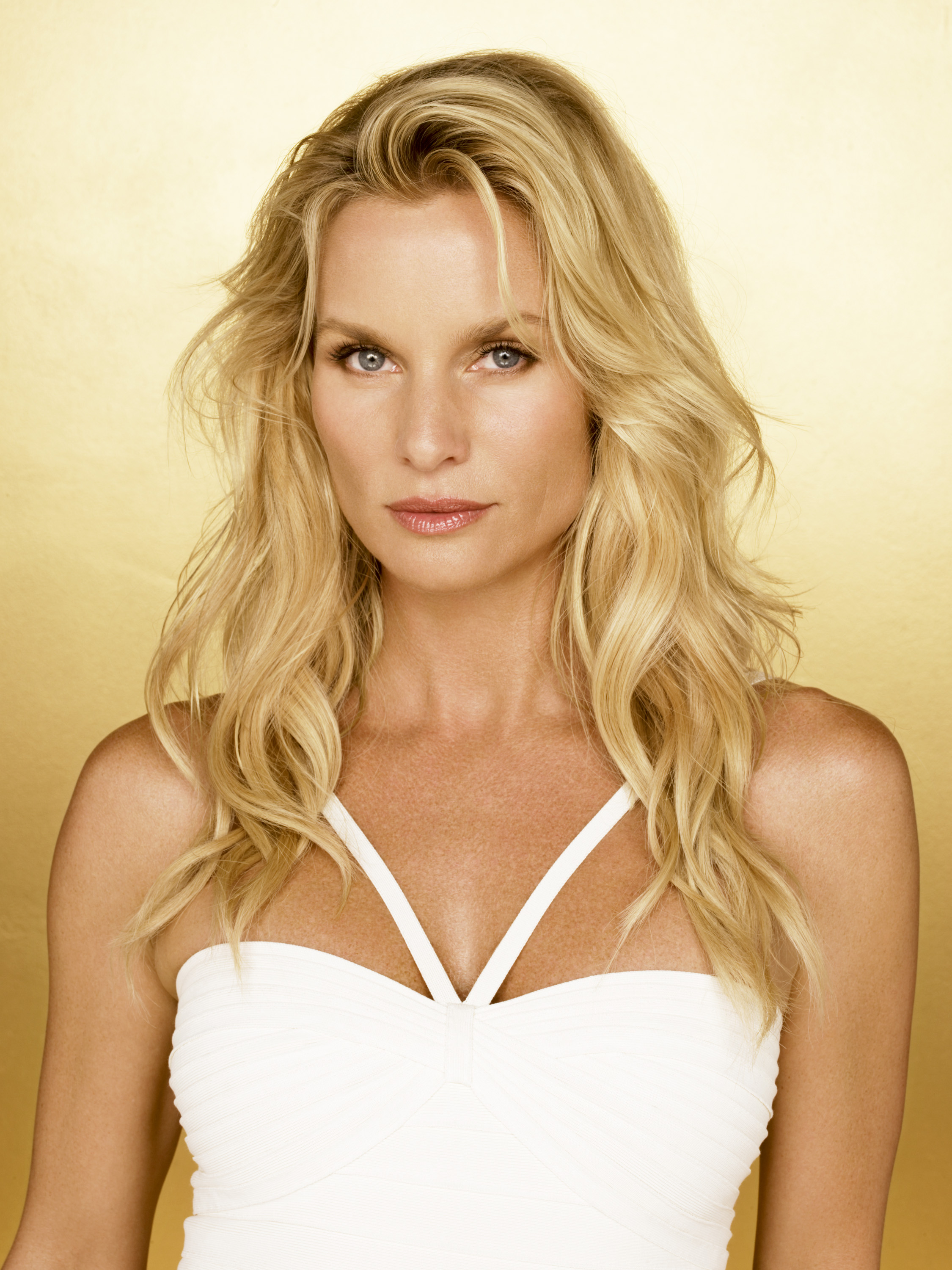 Nicollette Sheridan: A Battered Housewife