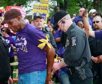 Danny Glover Arrested at Sodexo Protest in Maryland