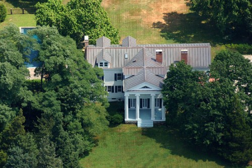 Christie Brinkley - Mansion Up For Sale