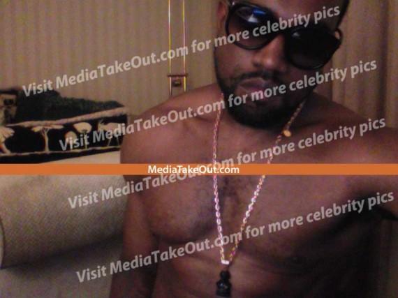 Kanye West Naked Photo