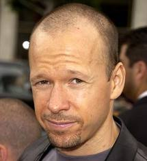 Donnie Wahlberg Finalizes His Divorce