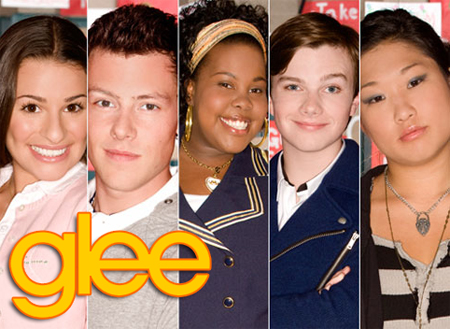 "Glee Cast To Perform ""Thriller"" Cover During Super Bowl Episode"