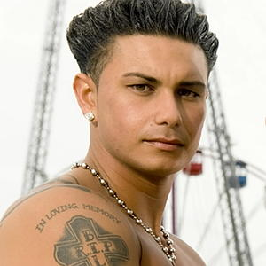 Pauly D Loves Buying Shoes