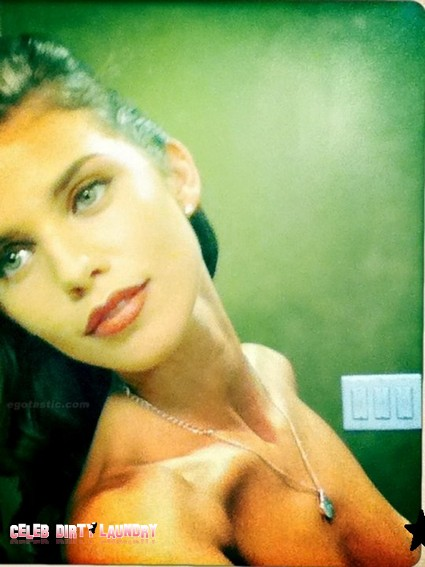 Featured image for Annalynne McCord Mistakenly Exposes Breast in Twitter Photo