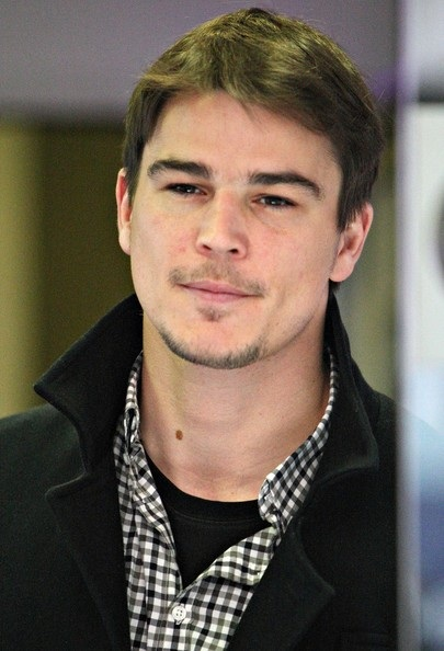 Josh Hartnett and Amanda Seyfried Are Keeping it Hush Hush ….