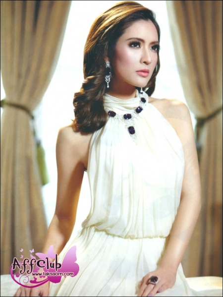 Beautiful Asian Women Celebrities