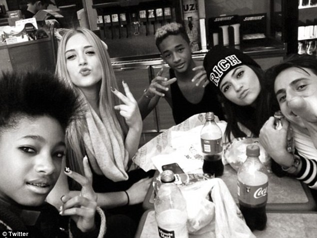 jaden_smith_kendalljenner_willowsmith