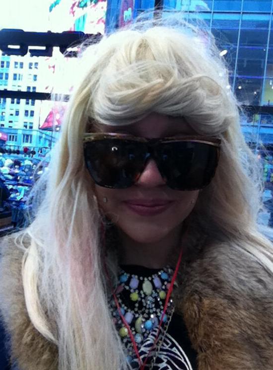 amandahair_blonde_dreds