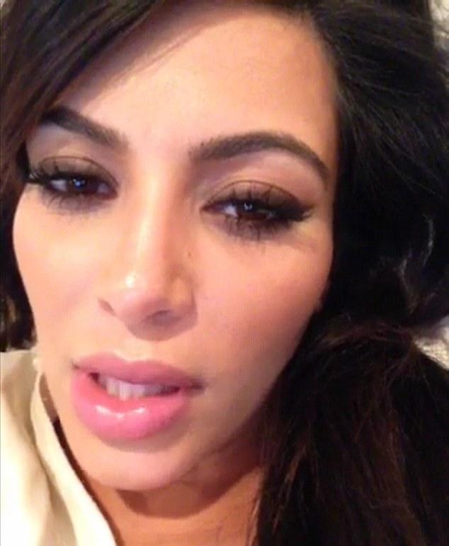 kim_kardashian_pregnant_lips