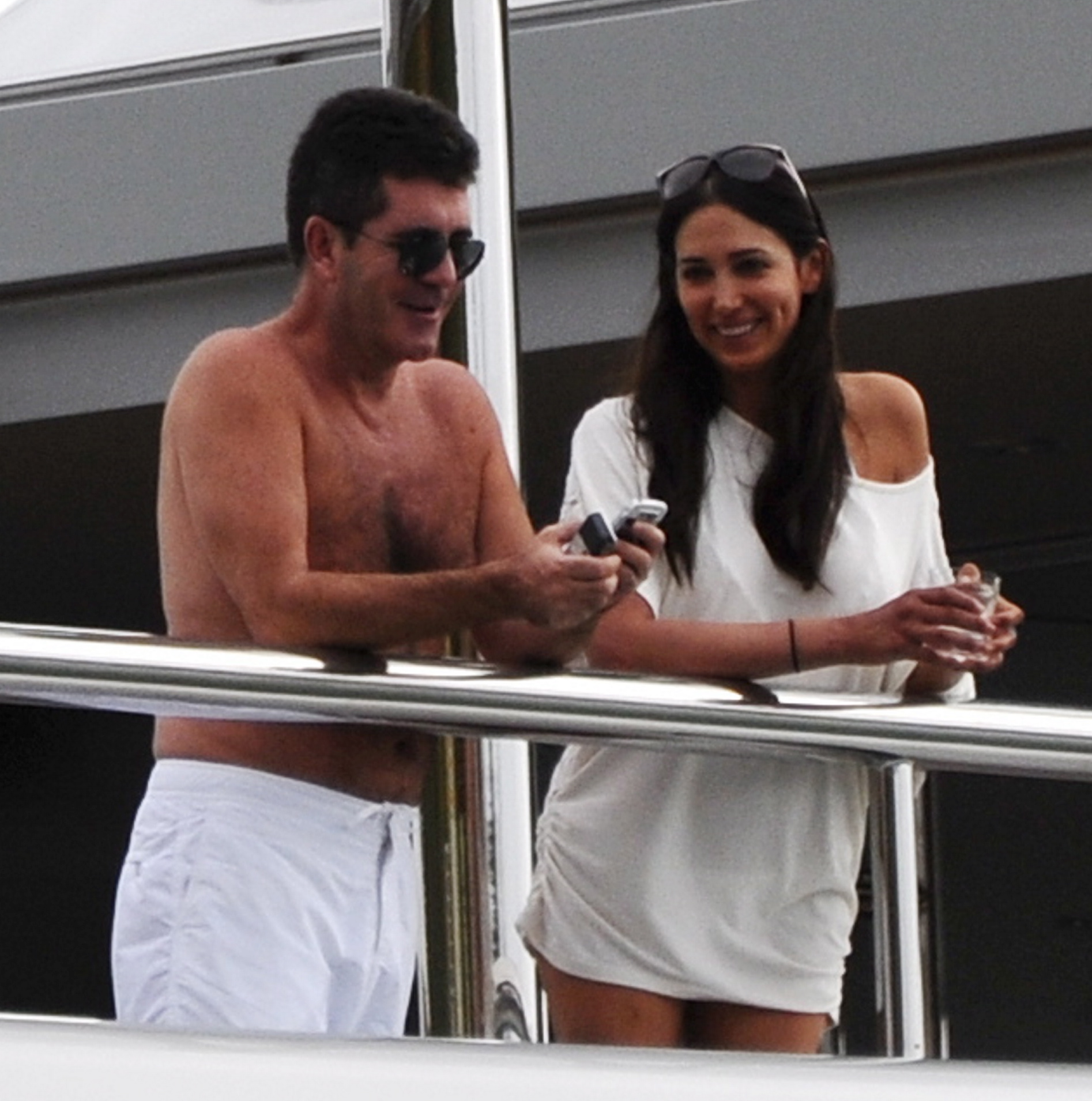 Featured image for Simon Cowell's Gonna Be A Daddy!