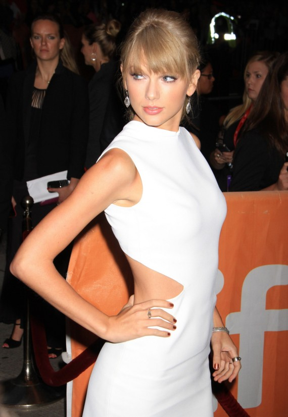 We knew Taylor Swift was trouble. (Celebitchy)