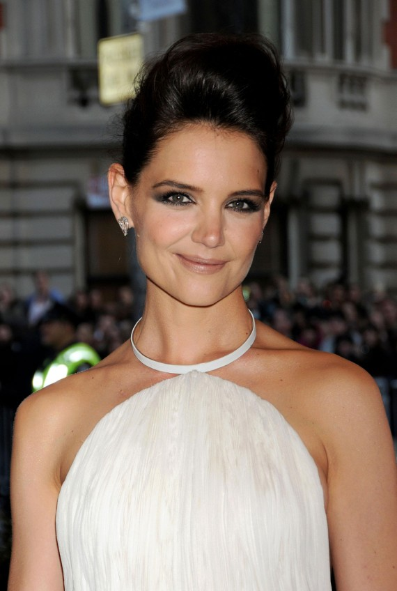 Who wouldn't want to date the fabulous Katie Holmes? (Best Image)