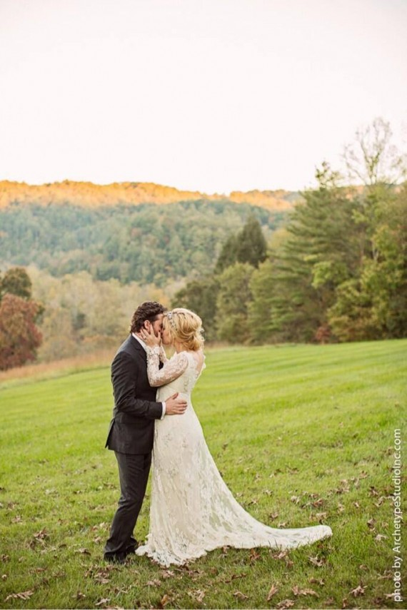Indeed, the Blackberry Farm is an ideal setting for a country-esque wedding.