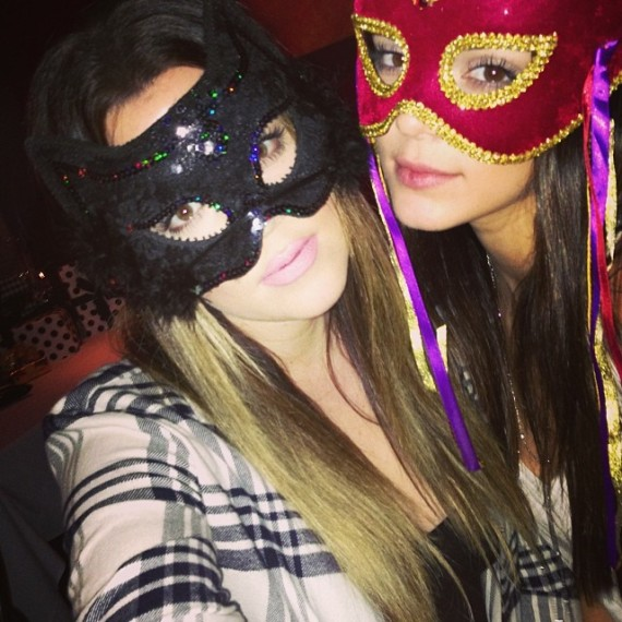 Kendall and sis Khloe Kardashian getting their birthday faces on. (Instagram)
