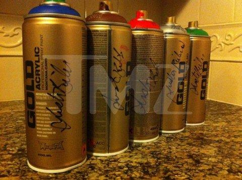 justin bieber Autographed spray cans, anyone? (TMZ)