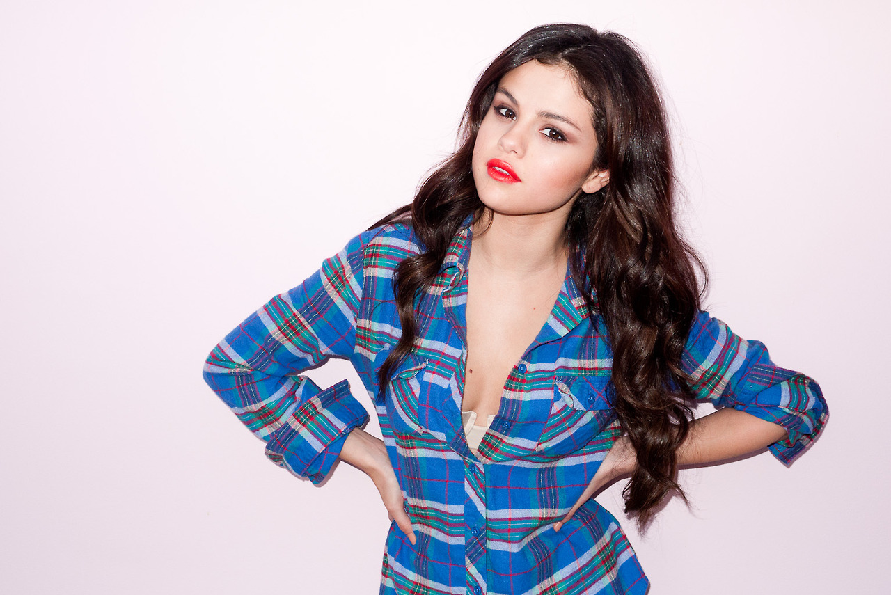 Featured image for Selena Gomez Is Reportedly Battling Lupus