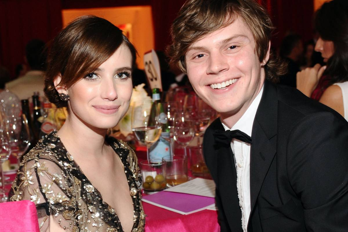 Emma Roberts & Evan Peters Are Now Engaged!