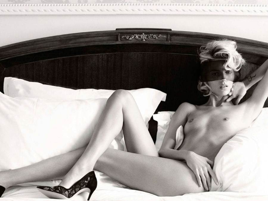 Featured image for More Vogue Germany Hotness With Anja Rubik Topless!(NSFW)