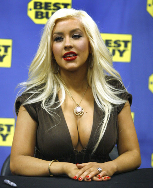 Today's Hottest Woman: Christina Aguilera