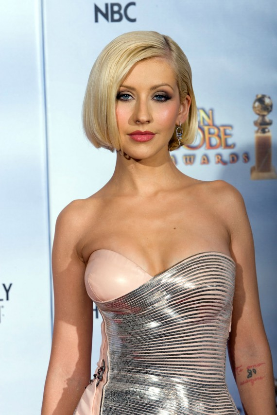 Today s hottest woman christina aguilera for Todays best photos