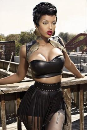 Lola Monroe Hottest