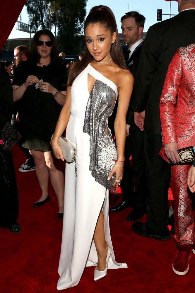 Ariana Grande in Versace Grammys 2015