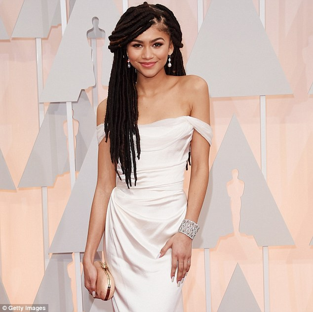 Giuliana Rancic Apologizes To Zendaya For Her 'Weed' Remark!